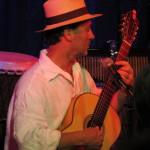 André_Gitarre_1