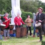 Trommel-Konzert_ Wittlich_Kunst_an_Hecken_und_Zäunen_1